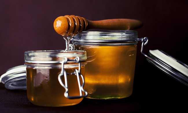Több tonna hamisított mézre bukkant a hatóság