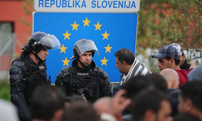 Migránsok ellen tüntettek Szlovéniában