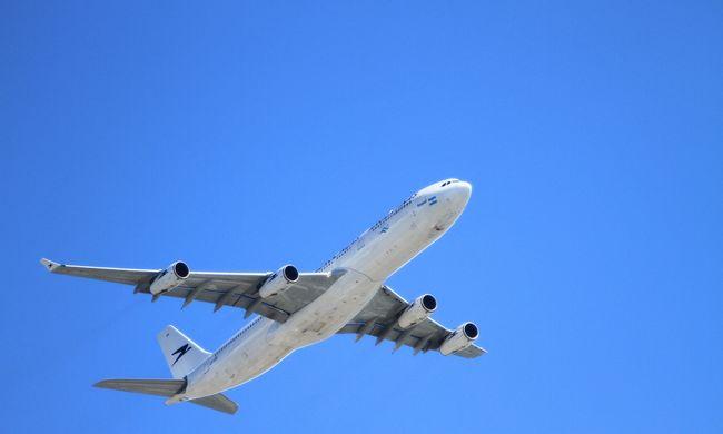 Nyitva maradt a Boeing ajtaja, 40 perccel felszállás után vették észre
