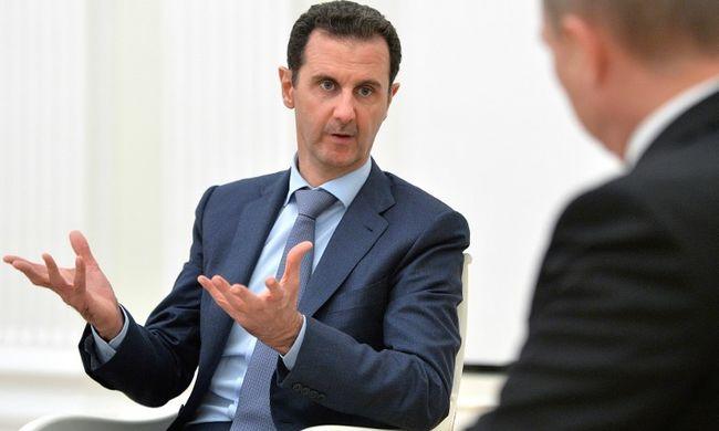 Irán menedéket adna Aszadnak és családjának