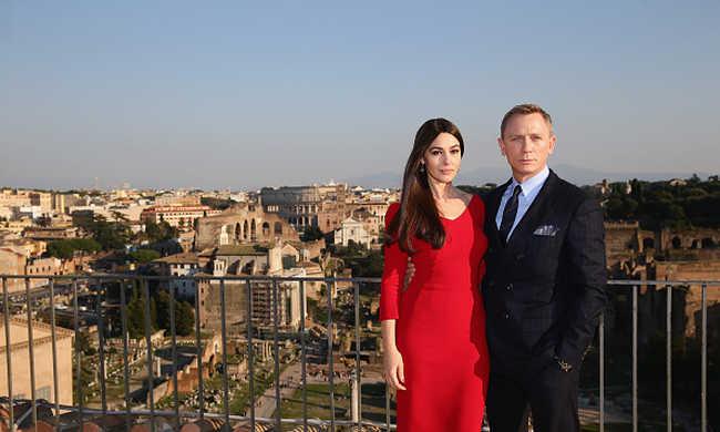 Cenzúrázzák a legújabb Bond-film csókjeleneteit