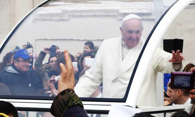 A pápának nem kell golyóálló mellény
