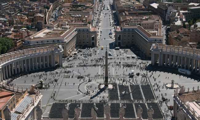 Újságírókat vádol a Vatikán