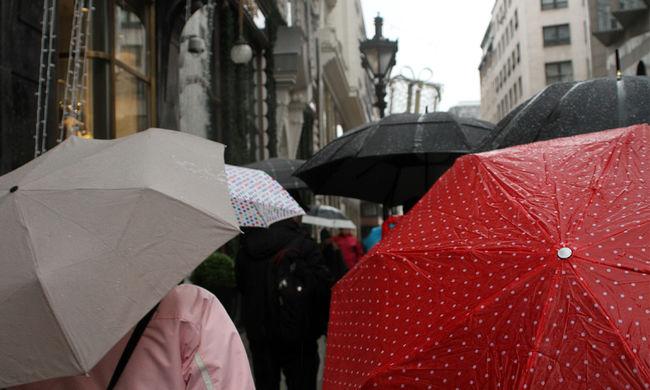 Figyelmeztetést adtak ki: a fél országban felhőszakadás lesz
