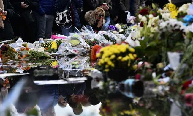 Az idei lemezboltok napja a párizsi áldozatok emléke előtt tiszteleg