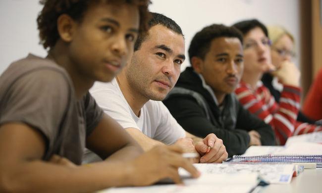 Tanulniuk kell a menekülteknek és a bevándorlóknak