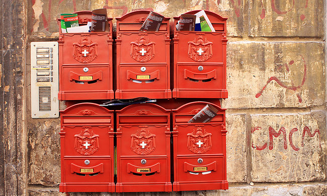 Nem sietik el: még mindig vannak karácsonyi csomagok a Postánál