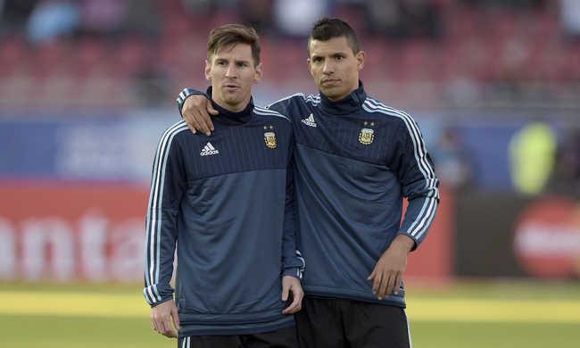Messi és Agüero rénszarvasok ellen játszik - videó