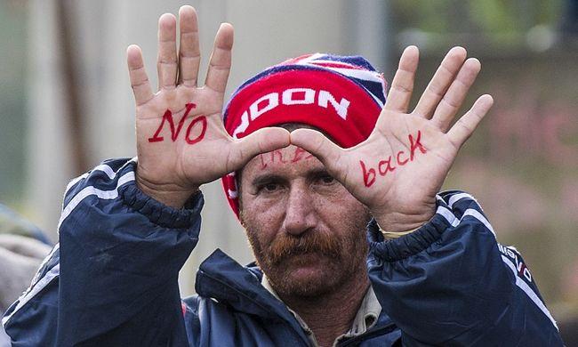 Nem fogadnák be az egyedülálló szíriai migráns férfiakat