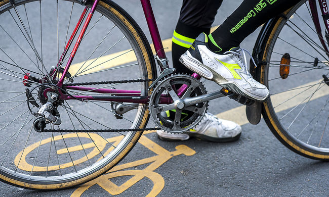 Biciklis felvonulás Budapest belvárosában, ezeket az utakat zárják le