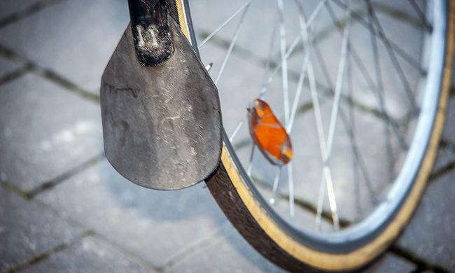 Elgázoltak egy biciklist, súlyosan megsérült