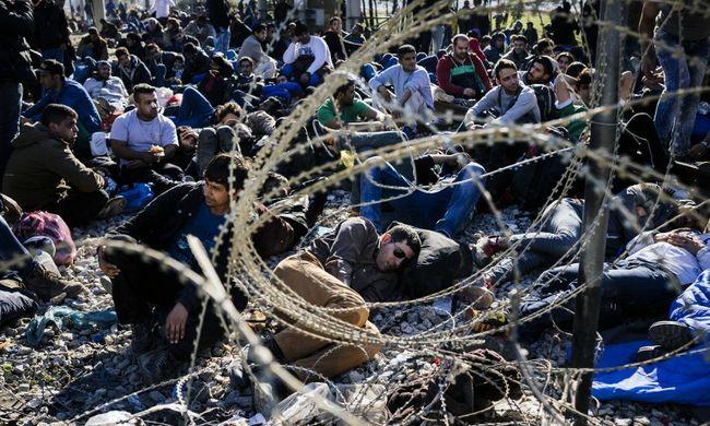 Egyre több migráns utazik hamis útlevéllel
