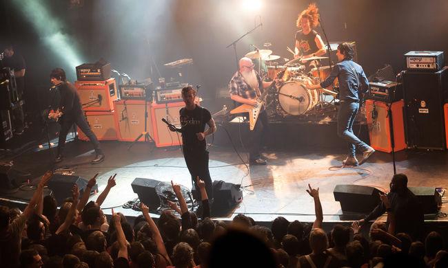 A legborzasztóbb a könyörtelenség volt - az Eagles of Death Metal beszámolója a terrortámadásról