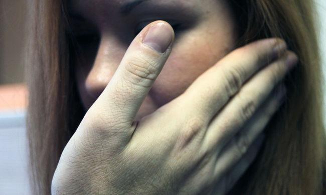 Felpofozott egy hallássérült gyereket a boltos