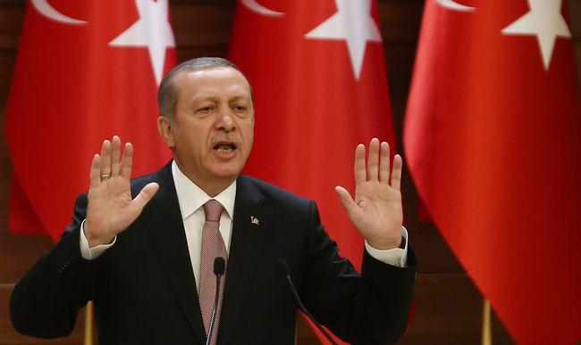 """Erdogan zsarol: """"Törökország nem tesz semmit a vízummentesség nélkül"""""""
