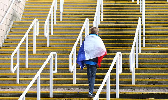 Nem utazhatnak idegenbeli meccsekre a francia szurkolók