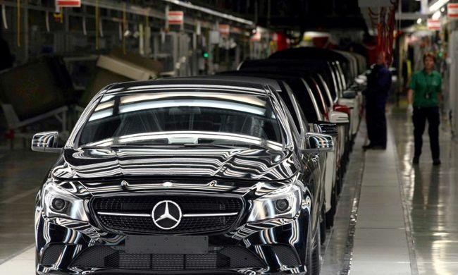 630 ezer Opelt, Audit és Mercedest hívnak vissza Németországban