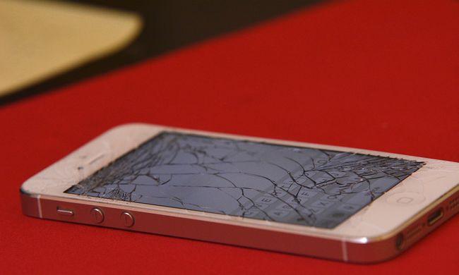 Karácsonyi vásárlási roham: mi legyen, ha összetört a drága telefon?