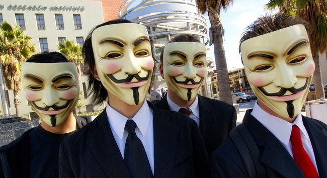 Így küzd az Anonymous az Iszlám Állam ellen