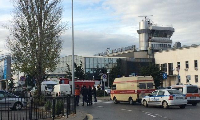 Terrorpánik: kisbuszban volt a bomba a szófiai repülőtérnél