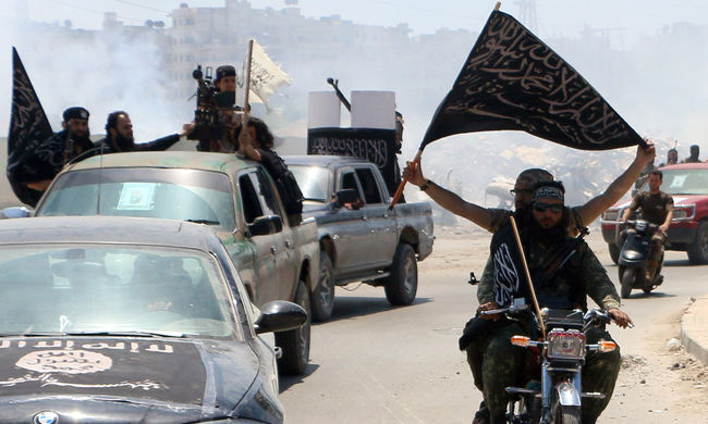 15 kormánykatonát végeztek ki az al-Kaida fegyveresei