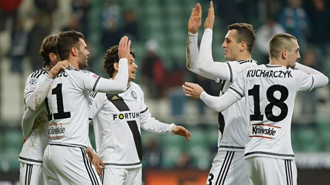 Nikolics két góljával nyert a Legia - videó