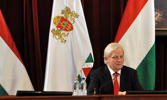 Budapest nem fizeti tovább az agglomerációs buszokat