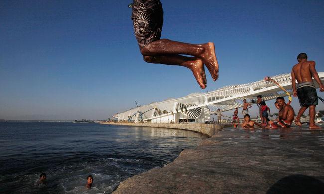 Riói olimpia: bajban a szervezők, fertőző a víz