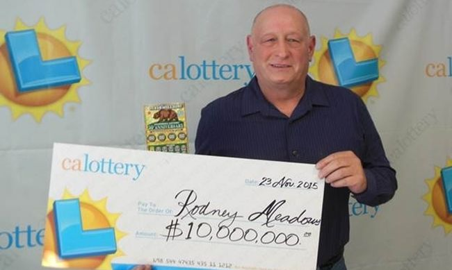 10 millió dollár: egymás után két kaparós sorsjeggyel nyert