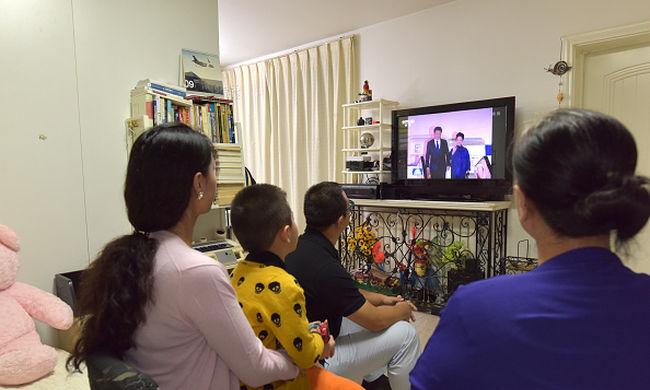 Amerikai tudósok: a tévézés elbutít