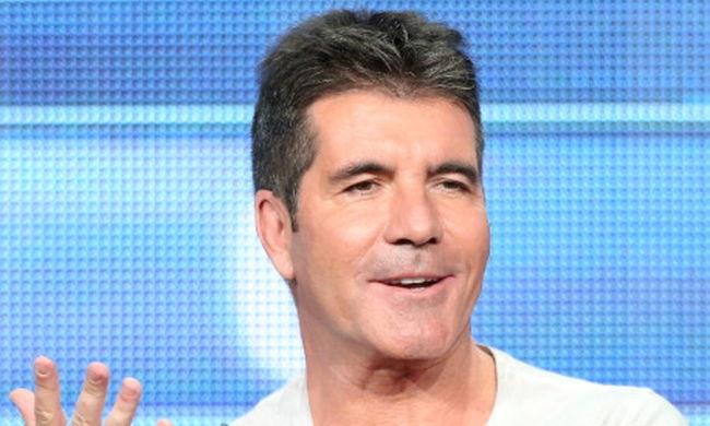 Kirabolták az X Factor zsűritagjának villáját, miközben otthon aludt