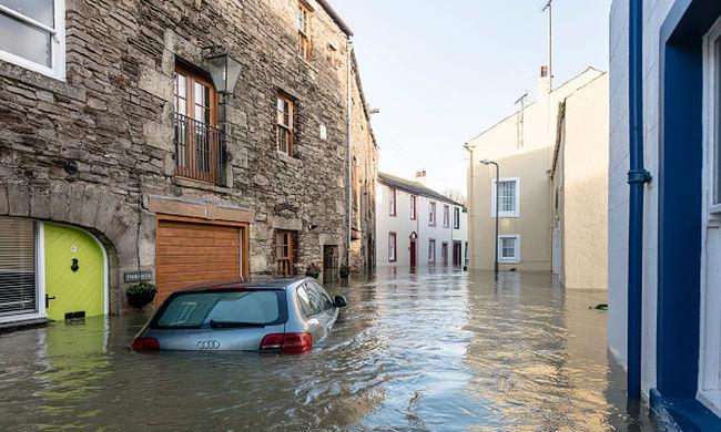 Halálos szélviharok, erdőtüzek, árvizek - ilyen lesz Európa időjárása