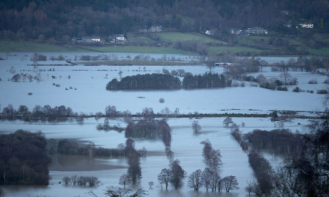 Újabb halott a brit áradásban