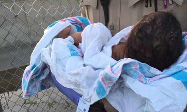 Letartóztatták az anyát, mert élve akarta eltemetni a gyerekét