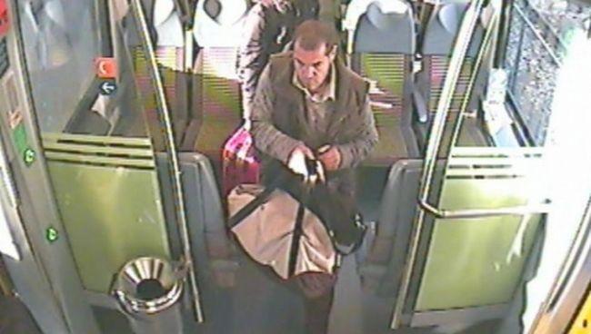 Felvette a vonat biztonsági kamerája a tolvajt