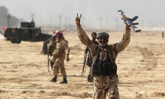 A törökök szerint az Iszlám Állam megtámadott egy iraki katonai bázist, Irak mindent cáfol