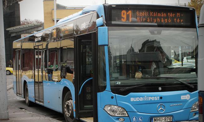Új buszok állnak forgalomba Budapesten
