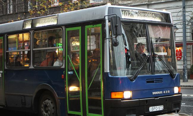 Tömegközlekedési káosz: több tucat busz és villamos menetrendje változik reggel