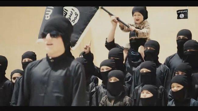 Gyerekkatonákat képeznek, aztán megölik őket - horror az Iszlám Államban