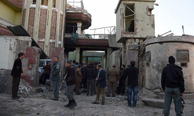 Tíz halott és tíz sebesült - véget ért a kabuli tűzharc