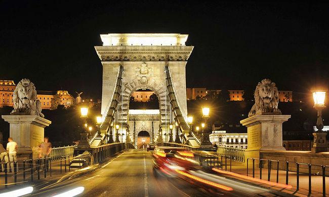 Egész hétvégén lezárások lesznek Budapesten, erre figyeljen