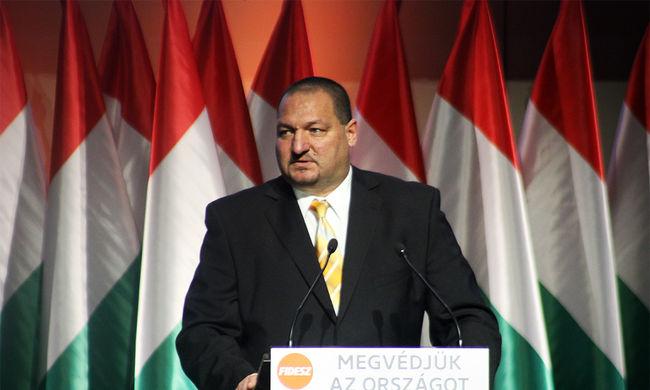 Fidesz-KDNP: a biztonság a legfontosabb