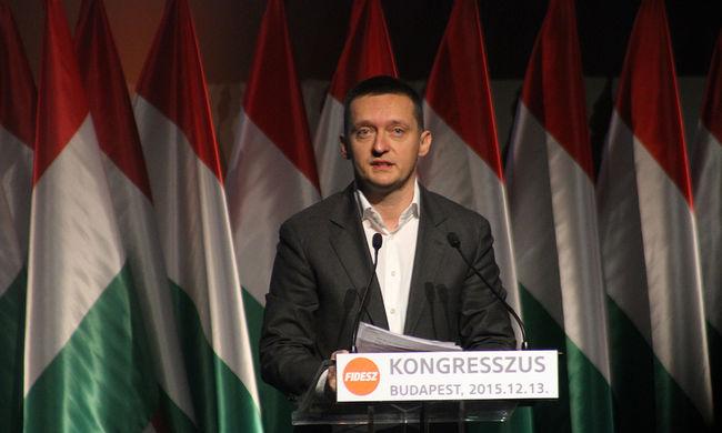 Rogán: minél több a migráns, annál nagyobb a terrorveszély