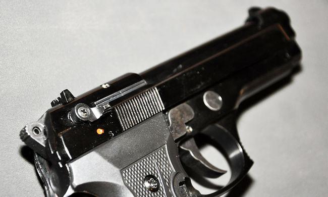 Pisztolyt vitt az iskolába a 7 éves, a fegyver meg volt töltve
