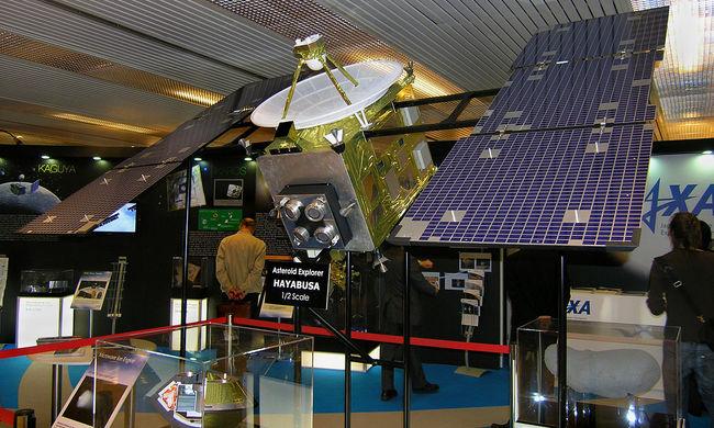 Történelmi pillanat: sikerülhetett a robbantás a távoli kisbolygón