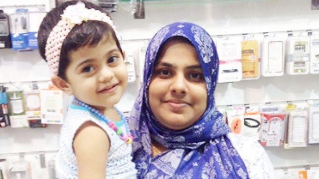 Terhes anya és 3 éves kislánya halt meg a balesetben