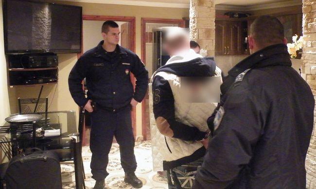 Álnéven bújkált Tiszacsegén, mert keresték az olasz rendőrök
