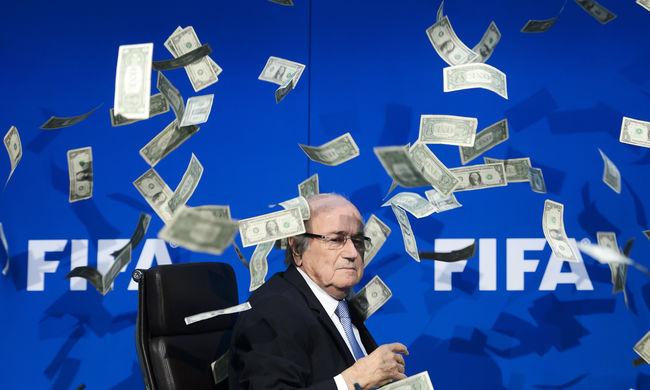 Blatter szerint az inkvizíció tiltotta el a focitól