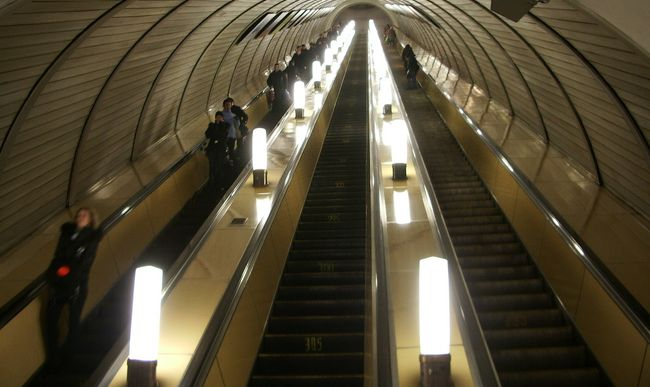 Több mint egymillióan használják a metrón az ingyen wifit