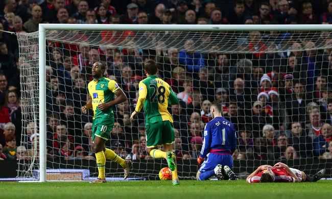 Kikapott a Manchester: Van Gaal helyett Mourinho jöhet